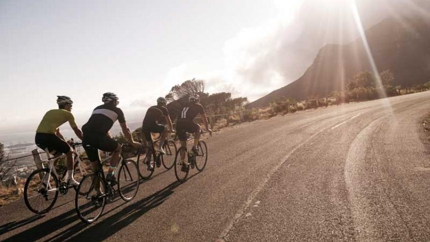 Las consecuencias  más comunes de los accidentes en bici: golpes en la cabeza y quemaduras