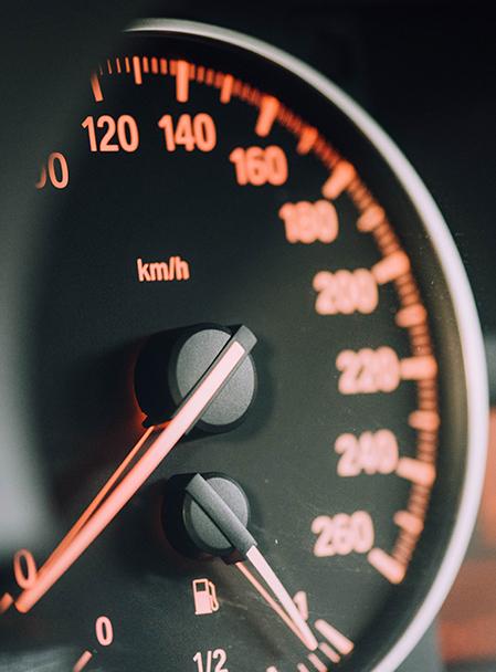 La brecha del seguro del coche: 192 euros a terceros y 756 euros a todo riesgo.