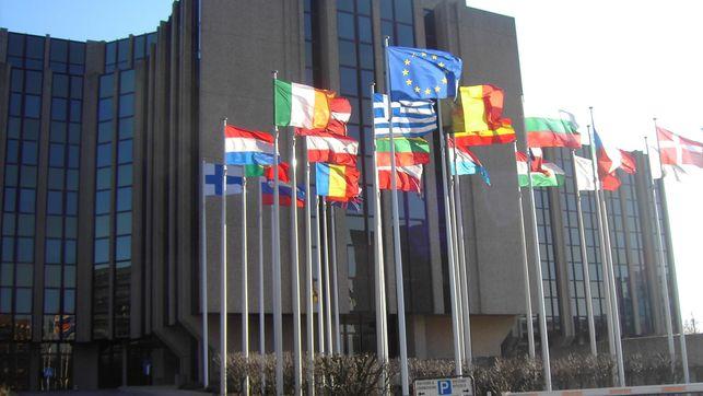 EL TRIBUNAL DE JUSTICIA DE LA UE FALLA A FAVOR DE UN ASEGURADO QUE FUE ATROPELLADO POR SU PROPIO VEHÍCULO